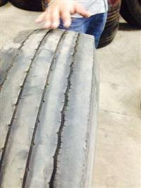 vendo pneus 295/80
