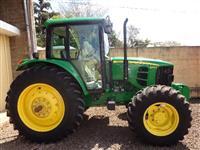 Trator John Deere 6110J 4x4 ano 16