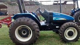 Trator Ford/New Holland TL 75 E 4x4 ano 09