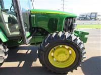 Trator  John Deere 6415 09