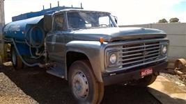 Caminhão  Ford F Longo  ano 86