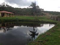 Vende-se Fazenda no sul de Minas Gerais, próximo a Três Corações e São Thomé das Letras com 52 alq.