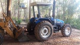 Trator New Holland TL 80 4x4 ano 12