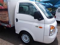 Caminhão Hyundai HR 2500 TCI Longo com caçamba ano 11