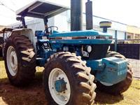 Trator Ford/New Holland 7610 4x4 ano 89