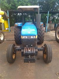 Trator Outros New Holland 4x2 ano 08