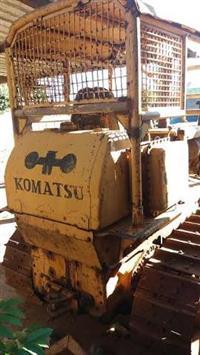 TRATOR KOMATSU D50A ANO 76 IMPORTADO