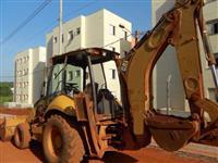 RETROESCAVADEIRA CAT 416E ANO 2007