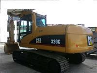 ESCAVADEIRA CAT 320C ANO 2006 !!!