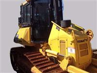 KOMATSU D51EX ANO 2013 COM 2.900 HORAS !!