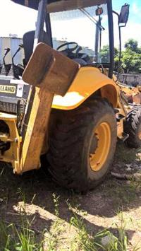 RETROESCAVADEIRA NEW HOLLAND B90B 4X4 ANO 2012 1.900 HORAS!!!!