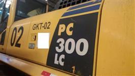 ESCAVADEIRA KOMATSU PC300 ANO 2009 COM 4.000 HORAS ORIGINAIS!!!