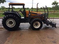 Trator Valtra/Valmet BM 125 i 4x4 ano 11