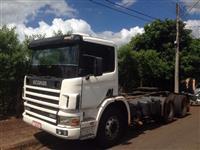 Caminhão  Scania 124 360  ano 99