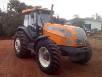 Trator Valtra/Valmet BH145 4x4 ano 10