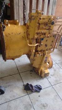Transmissão da 930 caterpillar Zf 3wg120 com garantia e a base de troca