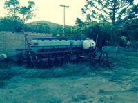 plantadeira CASE 11linhas ano 2009