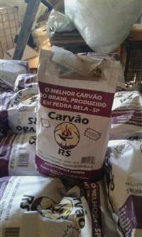 carvao empacotado