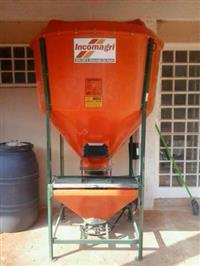 misturador de racao incomagri 500kg novo