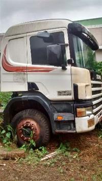 Caminhão  Scania 114  ano 03