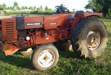 Trator Agrale 4300 4x2 ano 82