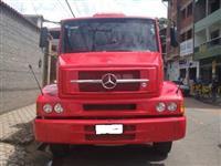Caminhão Mercedes Benz (MB) L 1620 6x2 ano 10