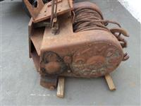 Guincho reboque usado, marca TMO - capacidade 18 toneladas