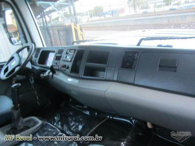 Caminhão  Volkswagen (VW) 31-320  ano 12