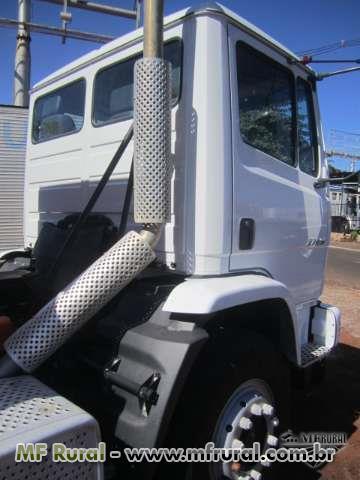 Caminhão Mercedes Benz (MB) Atron 2729 Betoneira ano 14