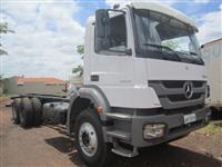 Caminhão Mercedes Benz (MB) Axor 2831 ano 13