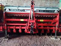 Vendo semeadora Semeato SHM 1517