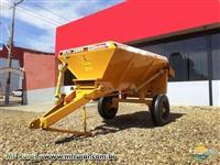 Distribuidor de Calcario e Fertilizantes DCF 3000 - BALDAN - Novo