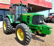 Trator John Deere 6125 J 4x2 ano 11