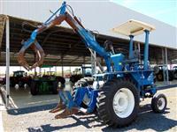 Trator Carregadeiras FORD 6600 4x2 ano 86
