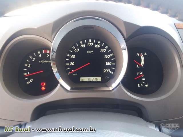 HILUX SW4 SRV 7 LUGARES TOP DE LINHA