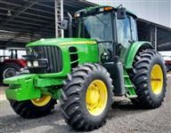 Trator John Deere 6145 4x4 ano 13