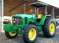 Trator John Deere 6110D 4x2 ano 13