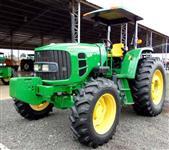 Trator John Deere 6110D 4x4 ano 13