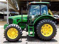 Trator John Deere 5078 4x2 ano 15