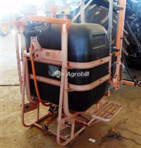 Pulverizador de Barras JACTO 600 Litros M 12 - otimo estado