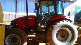 Trator Case Farmall 80 4x4 ano 10