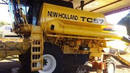 colheitadeira tc57 2002 hidro e peneira entrada + 4 a 5 anos