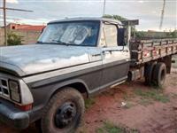 Caminhão  Ford F 4000  ano 87