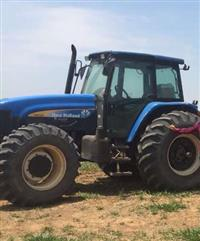 Trator New Holland TM 150 4x4 ano 10