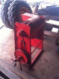 Debulhador de milho marca Penha