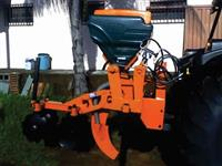 Subsolador Florestal C/ Adubador Hidraulico