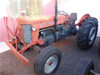 Trator Massey Ferguson 65 X 4x4 ano 73