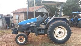 Trator New Holland TL 75 E 4x2 ano 05