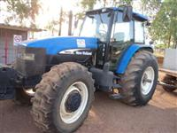 Trator Ford/New Holland TM 150 4x4 ano 02