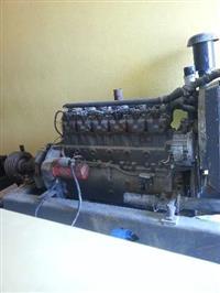 Motor estacionário - MWM D225-6 cilindros á DIESEL